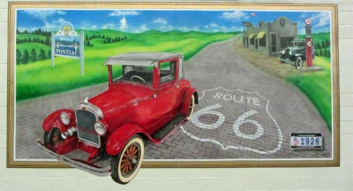 A mural on mainstreet celebrating General Motor's Pontiac and Route 66
