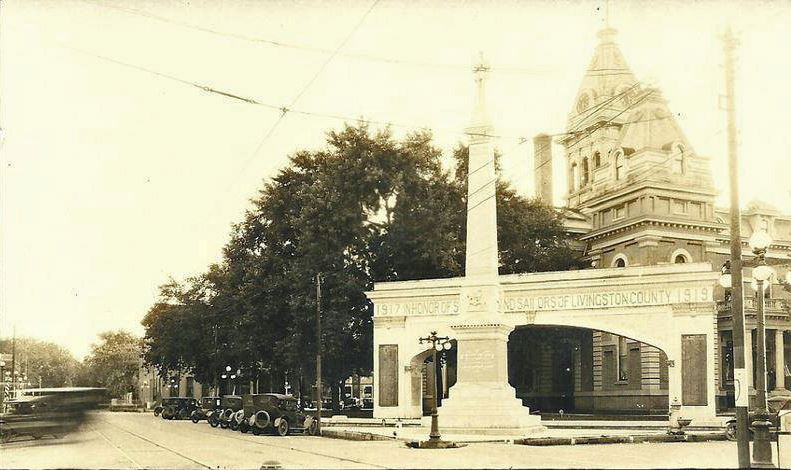 Civil War Monument with WWI Archway - 1919