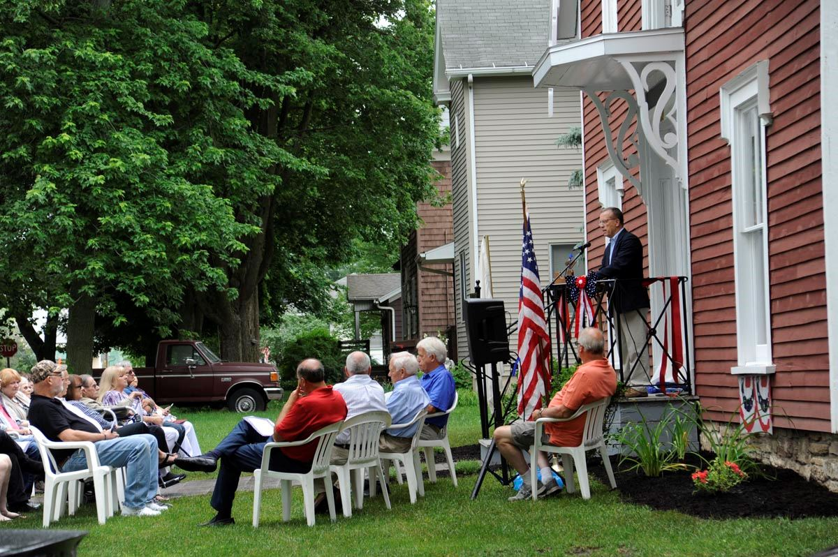 Mayor speaks at Strevell House